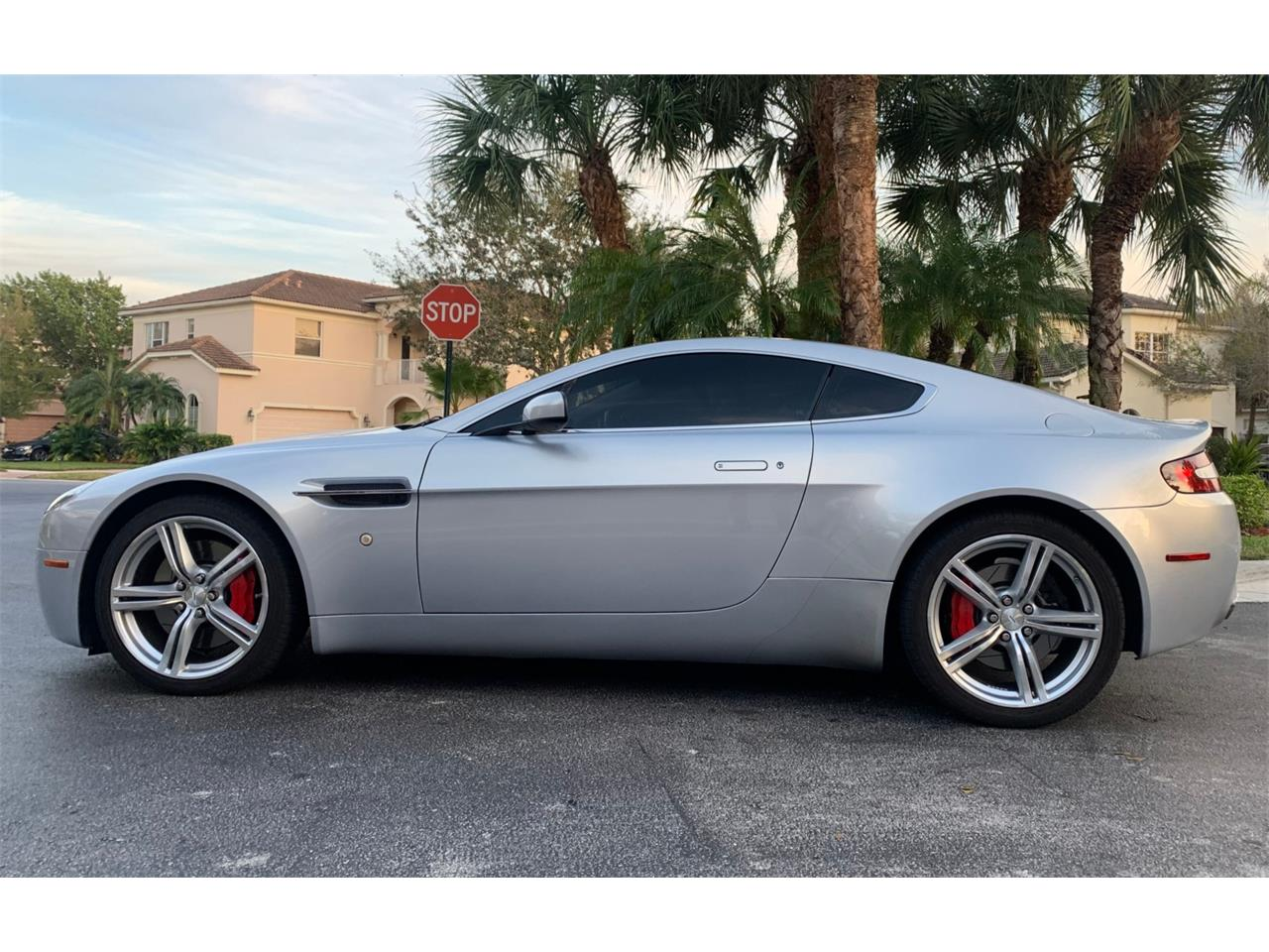 Large Picture of '09 Vantage Auction Vehicle Offered by Bring A Trailer - PWRX
