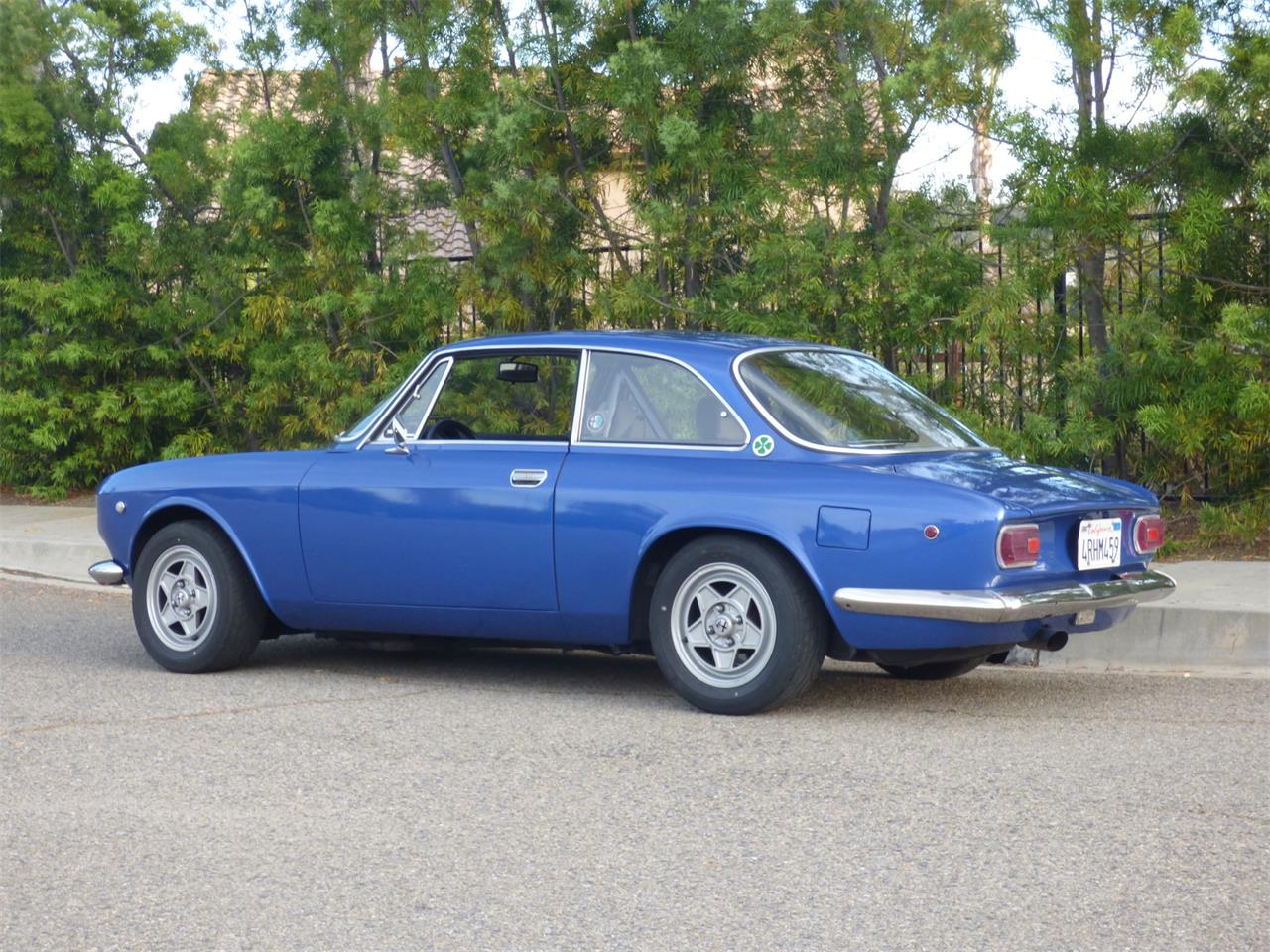 Large Picture of '69 1750 GTV - PWUT