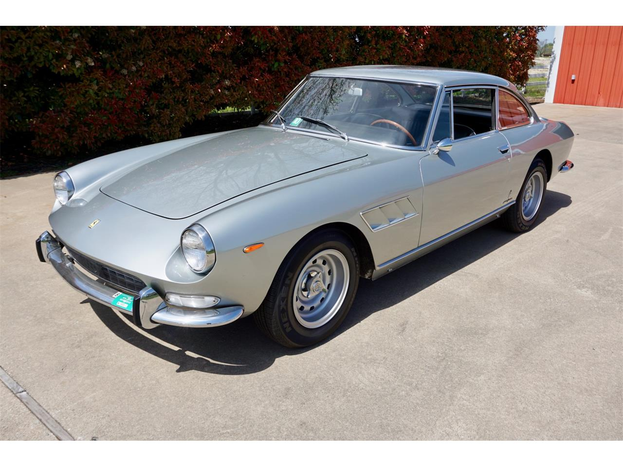 Large Picture of '66 330 GT Auction Vehicle - PWUY