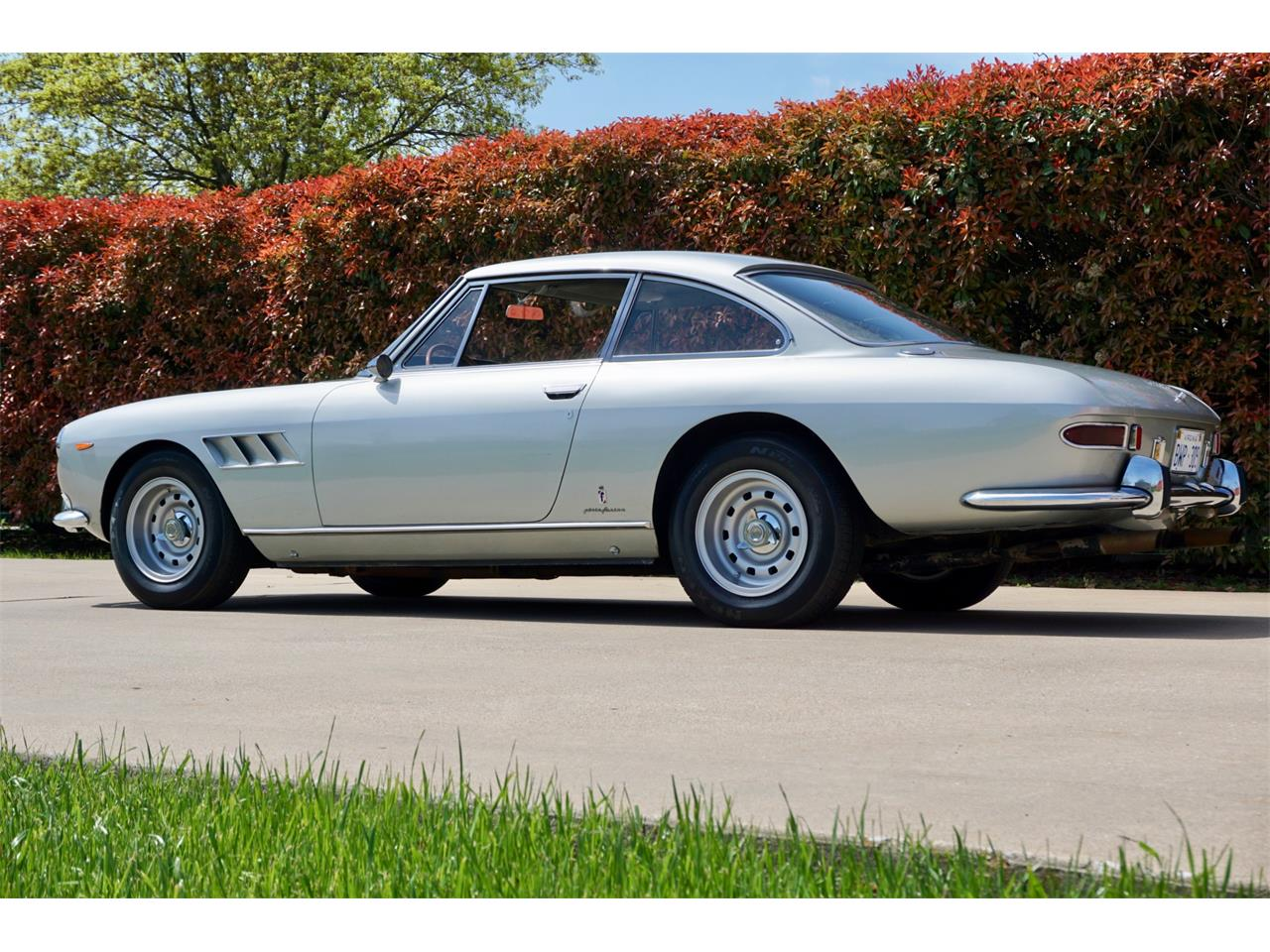 Large Picture of '66 Ferrari 330 GT located in Wylie Texas Auction Vehicle - PWUY