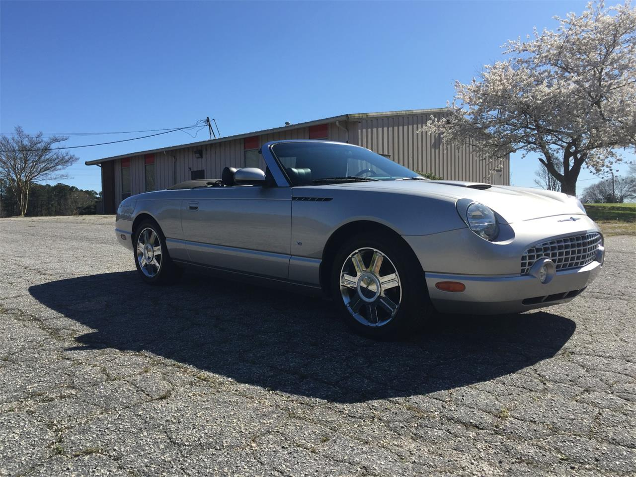 Large Picture of '04 Thunderbird - PWVD