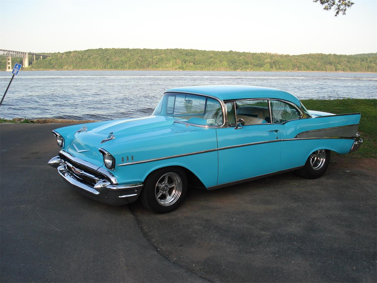 Large Picture of '57 Bel Air - PWWQ