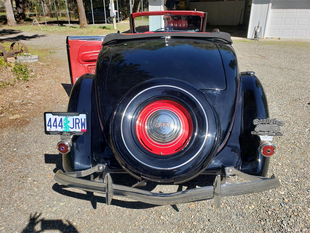 Large Picture of '36 Ford Cabriolet located in Cave Junction Oregon - PWWV