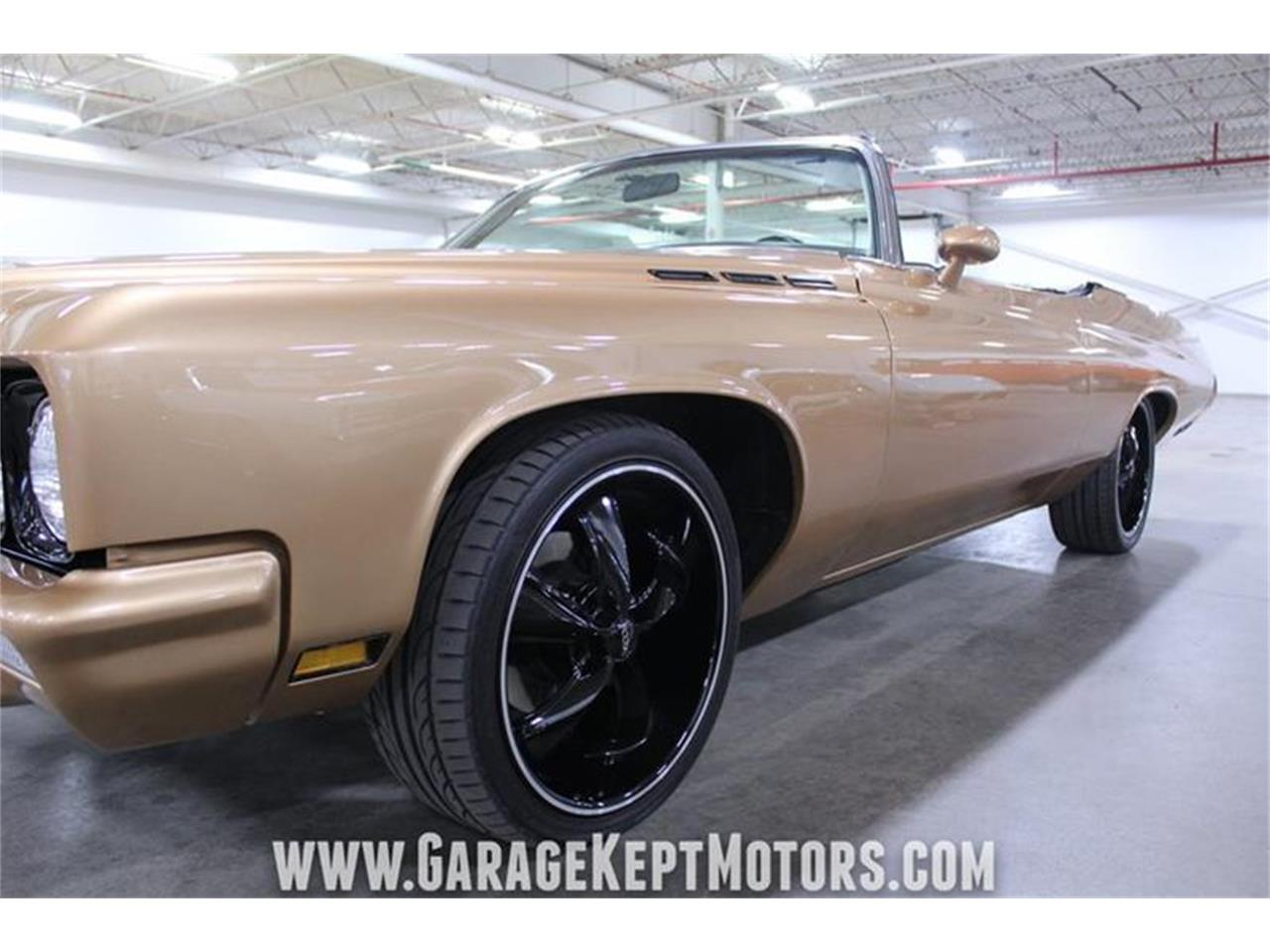 Large Picture of Classic '71 Buick LeSabre - $19,900.00 - PWXE