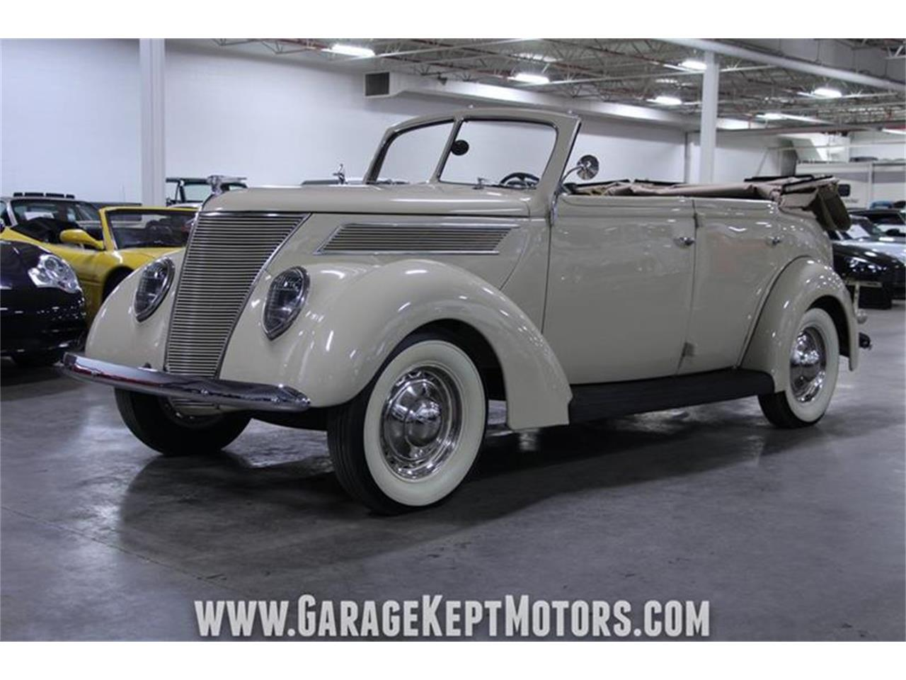 Large Picture of Classic '37 Deluxe Offered by Garage Kept Motors - PWYL