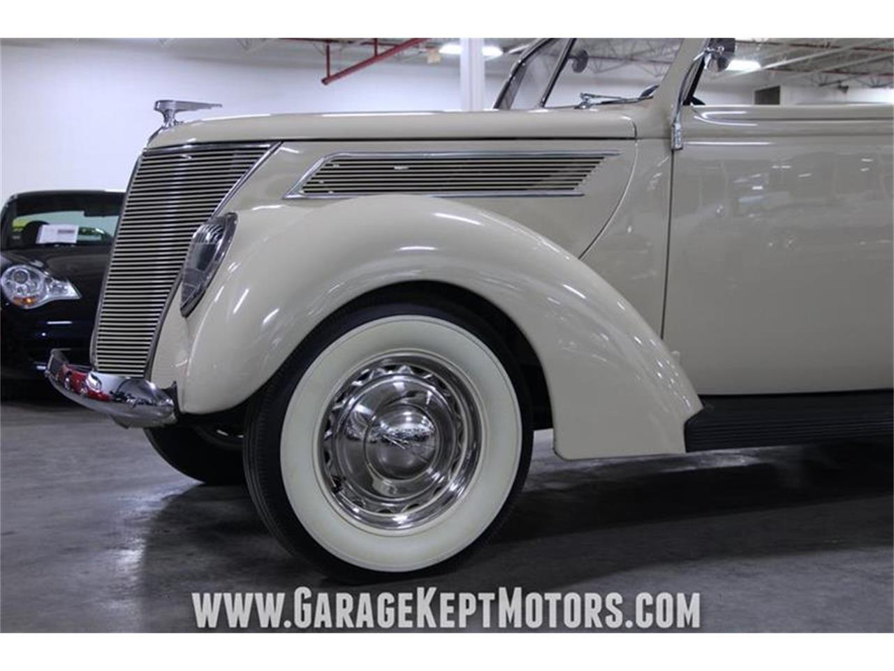 Large Picture of Classic '37 Ford Deluxe located in Grand Rapids Michigan Offered by Garage Kept Motors - PWYL