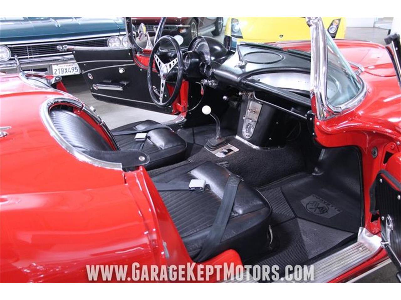 Large Picture of '62 Corvette - PWZF