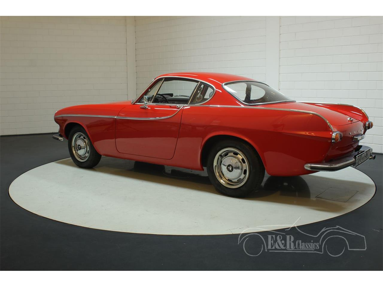 Large Picture of Classic 1966 Volvo P1800S located in Waalwijk Noord-Brabant Offered by E & R Classics - PWZM