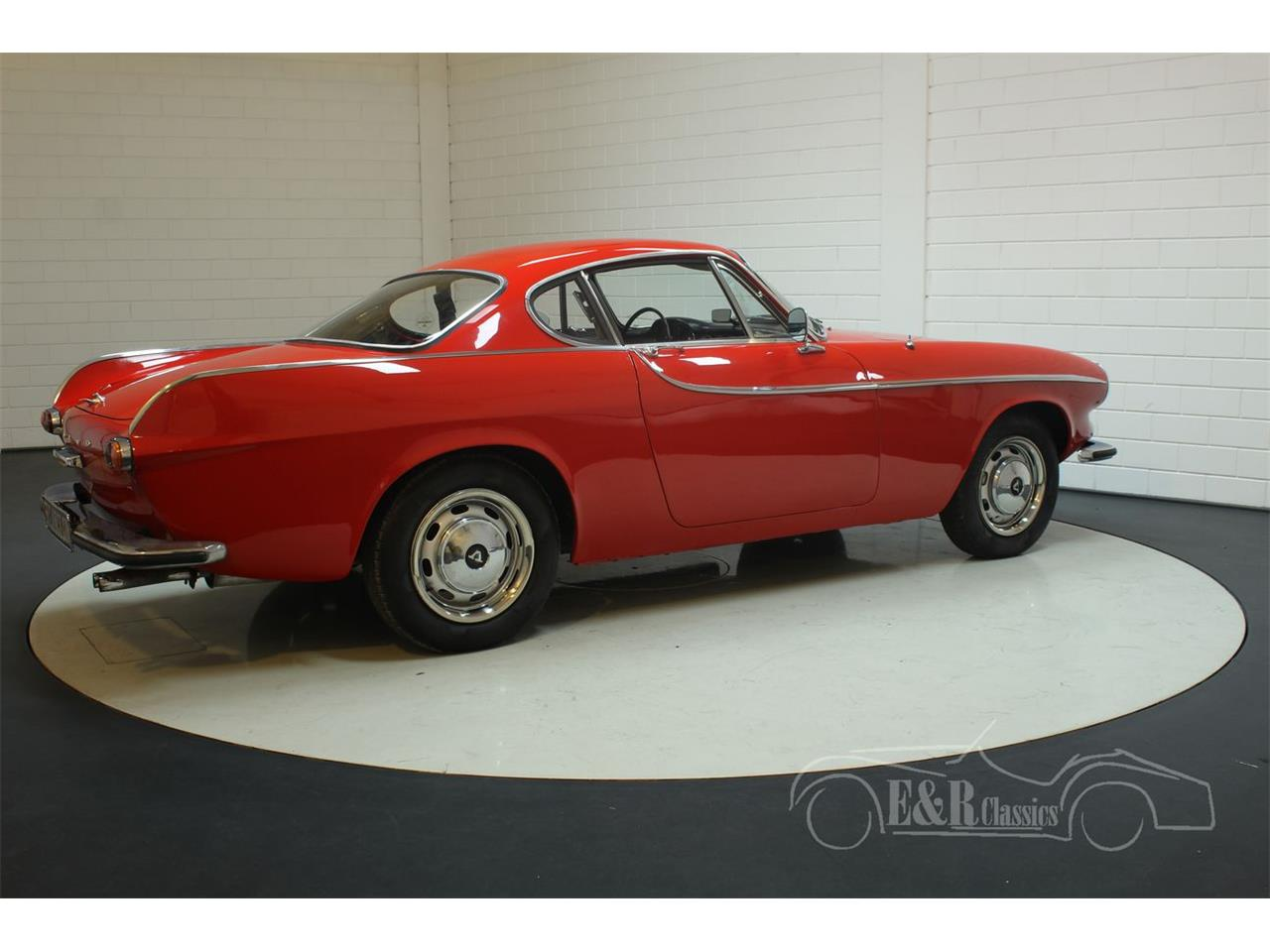 Large Picture of '66 P1800S located in Waalwijk Noord-Brabant Offered by E & R Classics - PWZM