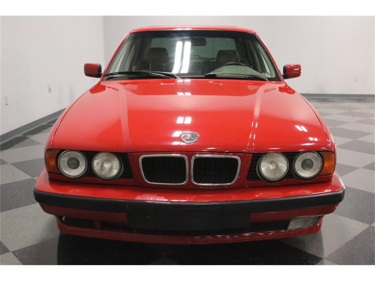 Large Picture of '95 BMW 525iT located in Tennessee Offered by Streetside Classics - Nashville - PX0T