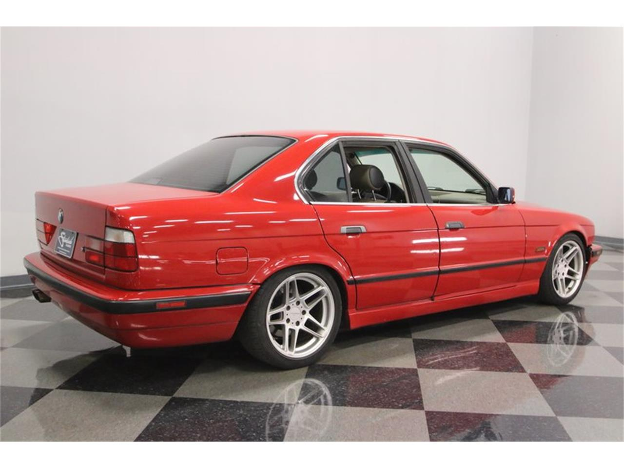 Large Picture of 1995 525iT - $10,995.00 Offered by Streetside Classics - Nashville - PX0T