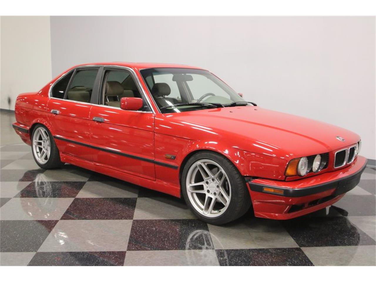 Large Picture of '95 525iT located in Tennessee Offered by Streetside Classics - Nashville - PX0T
