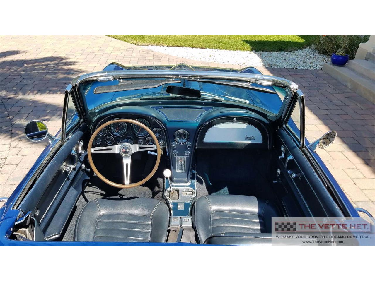 Large Picture of Classic '66 Chevrolet Corvette located in Sarasota Florida - PX35