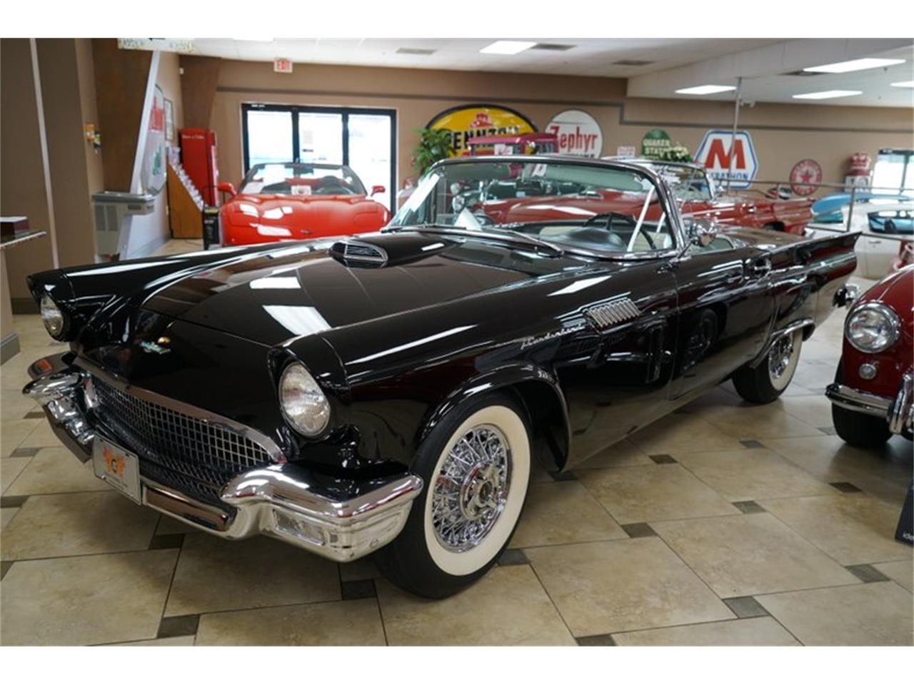 Large Picture of '57 Thunderbird - PX3H