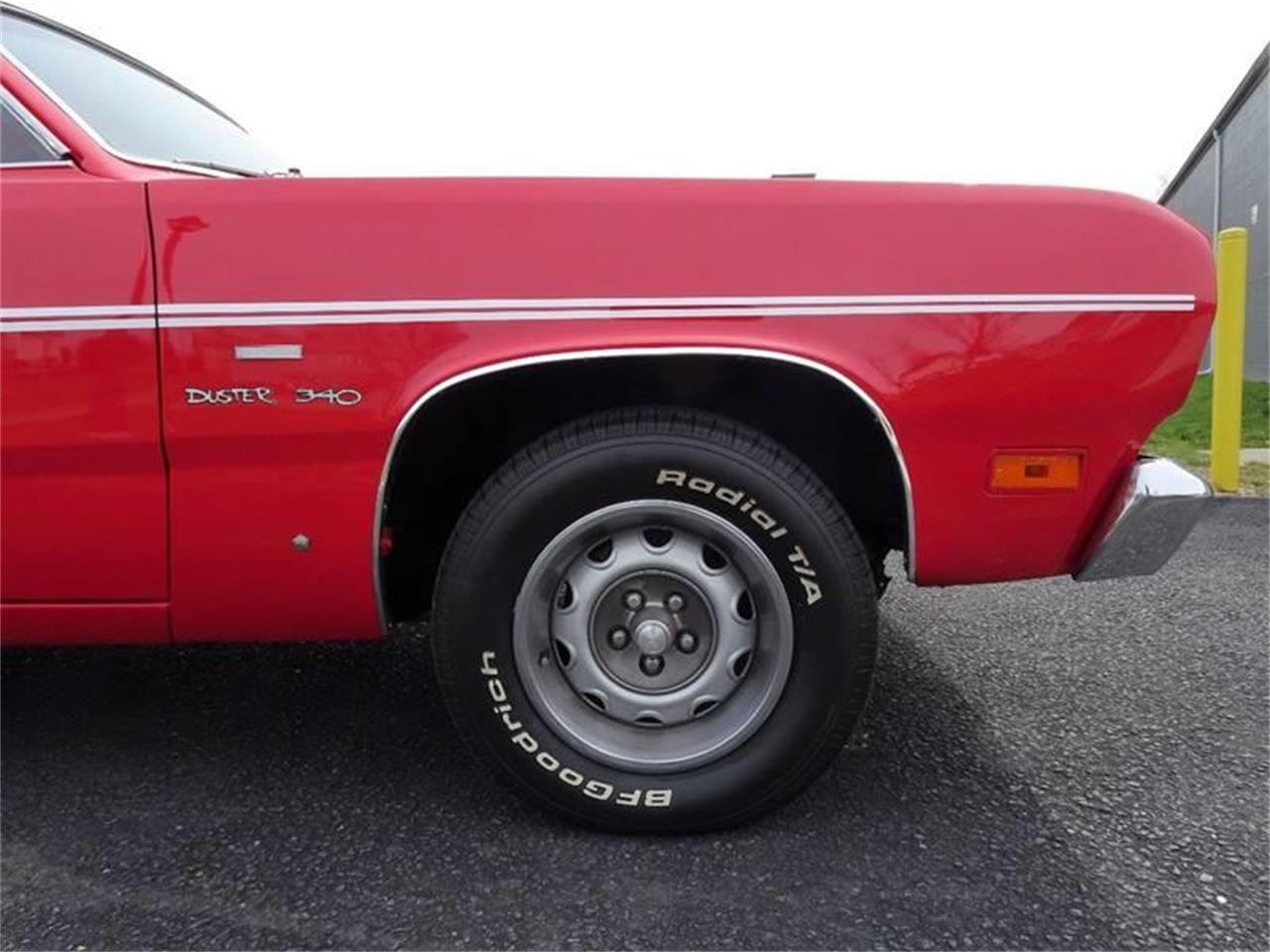 Large Picture of '70 Plymouth Duster located in Hilton New York - PX3M