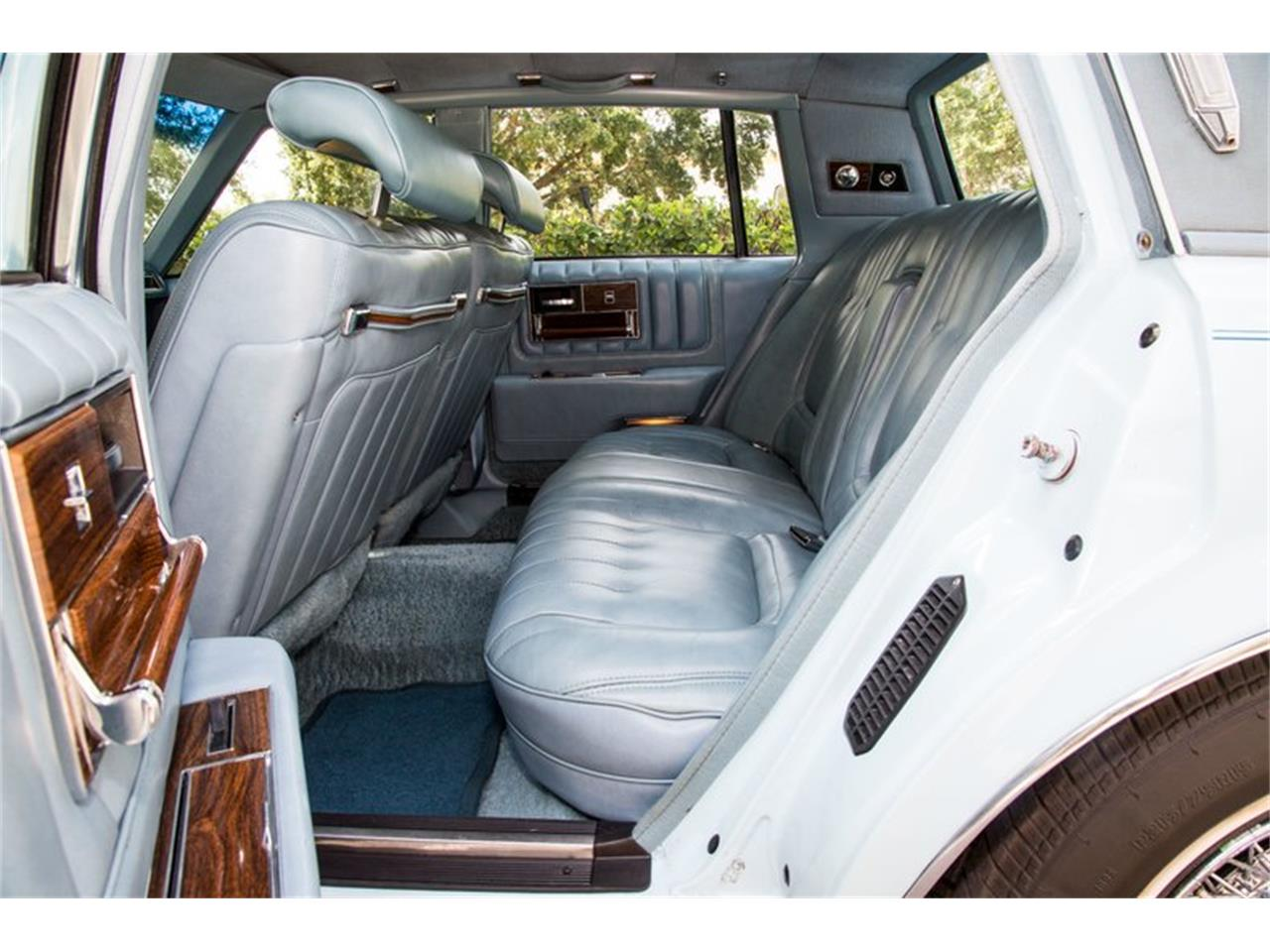 Large Picture of '78 Cadillac Seville - $12,900.00 - PX4J