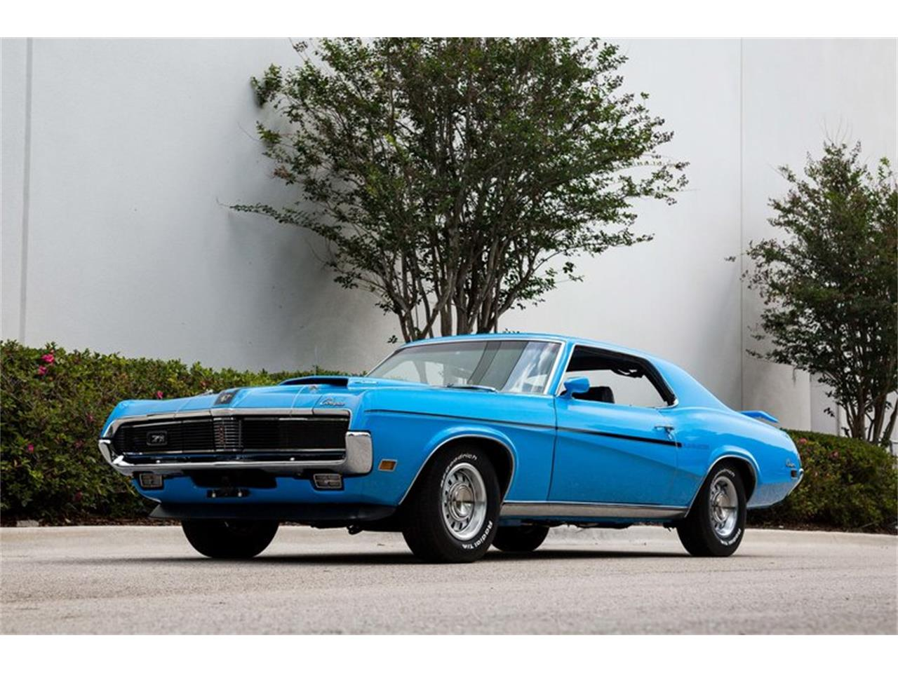 Large Picture of 1969 Cougar - PX4P