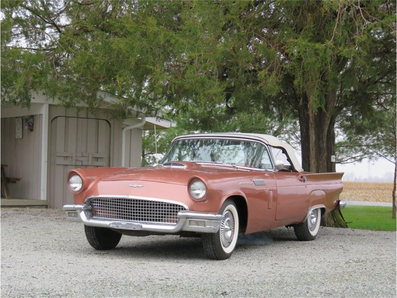 Large Picture of '57 Thunderbird - PX5B
