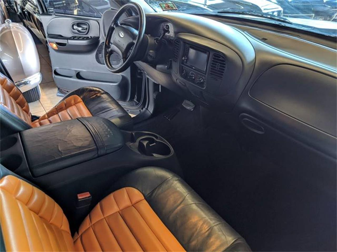 Large Picture of 2001 Ford F150 - $8,950.00 Offered by Classics & Custom Auto - PQNG