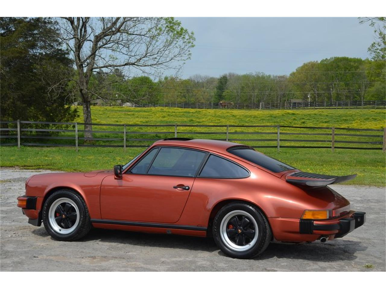Large Picture of 1984 Porsche 911 - PX8U