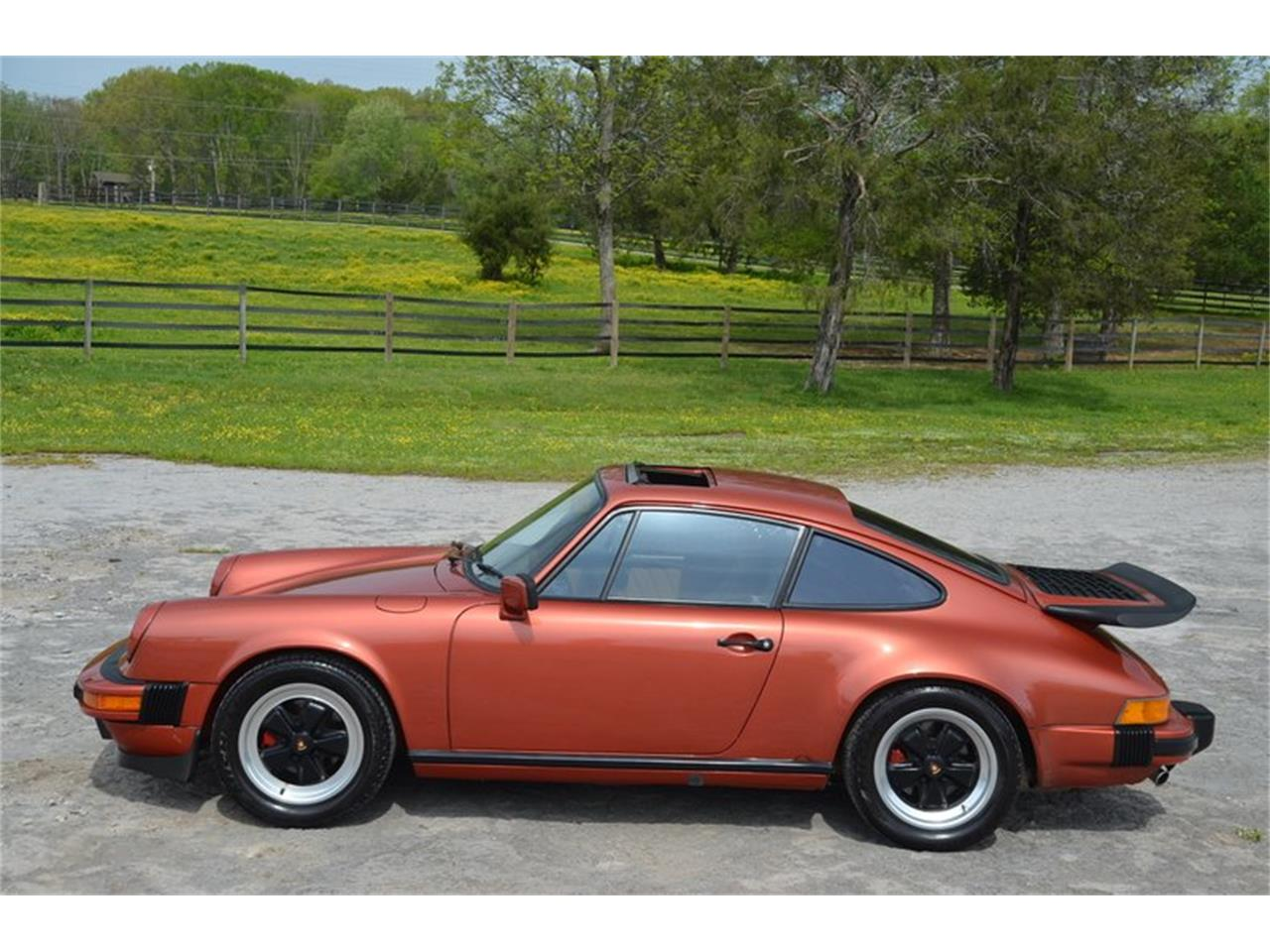 Large Picture of 1984 Porsche 911 located in Tennessee - PX8U