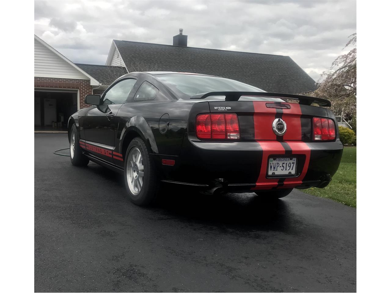 Large Picture of '07 Ford Mustang GT located in Virginia - PX9X