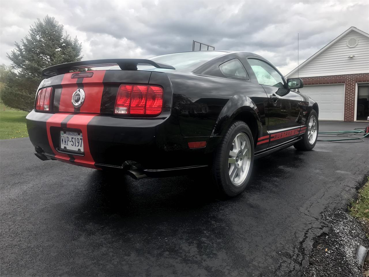 Large Picture of '07 Mustang GT located in Virginia - $20,000.00 Offered by a Private Seller - PX9X