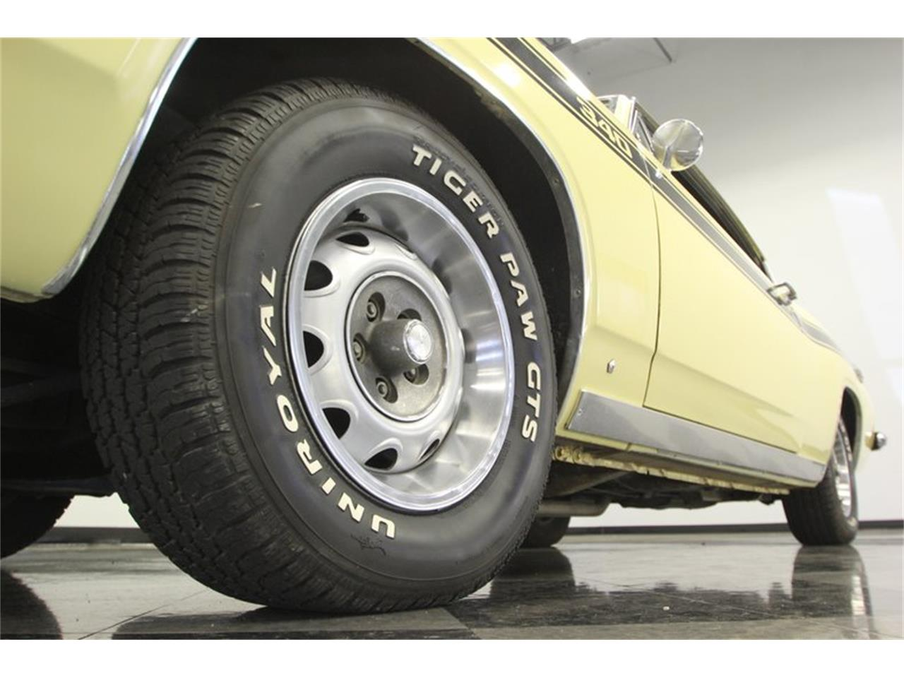Large Picture of '69 Plymouth Barracuda - PXAO