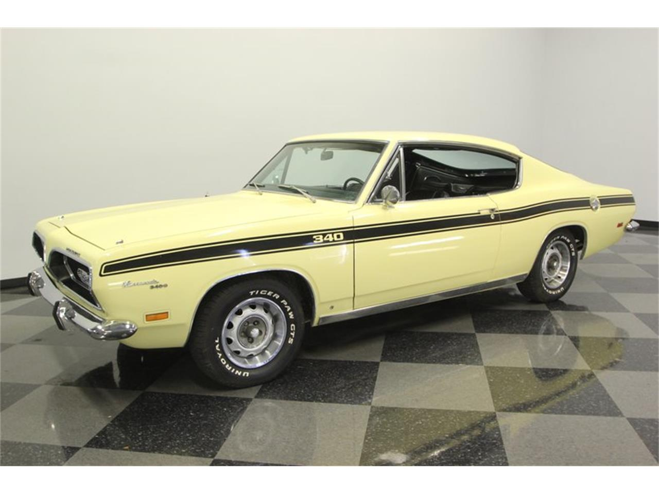 Large Picture of 1969 Plymouth Barracuda located in Florida - $32,995.00 Offered by Streetside Classics - Tampa - PXAO