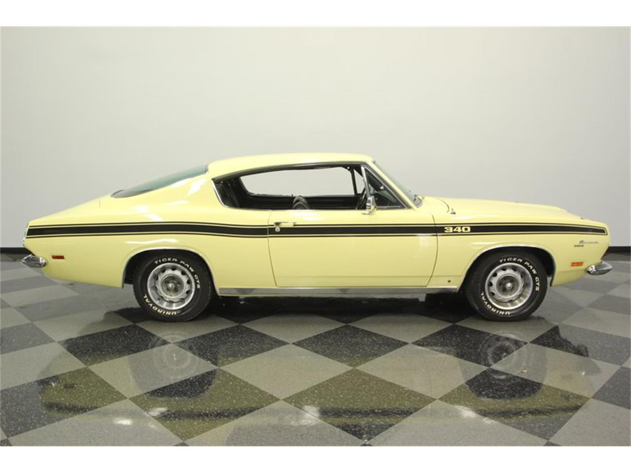Large Picture of '69 Barracuda - PXAO
