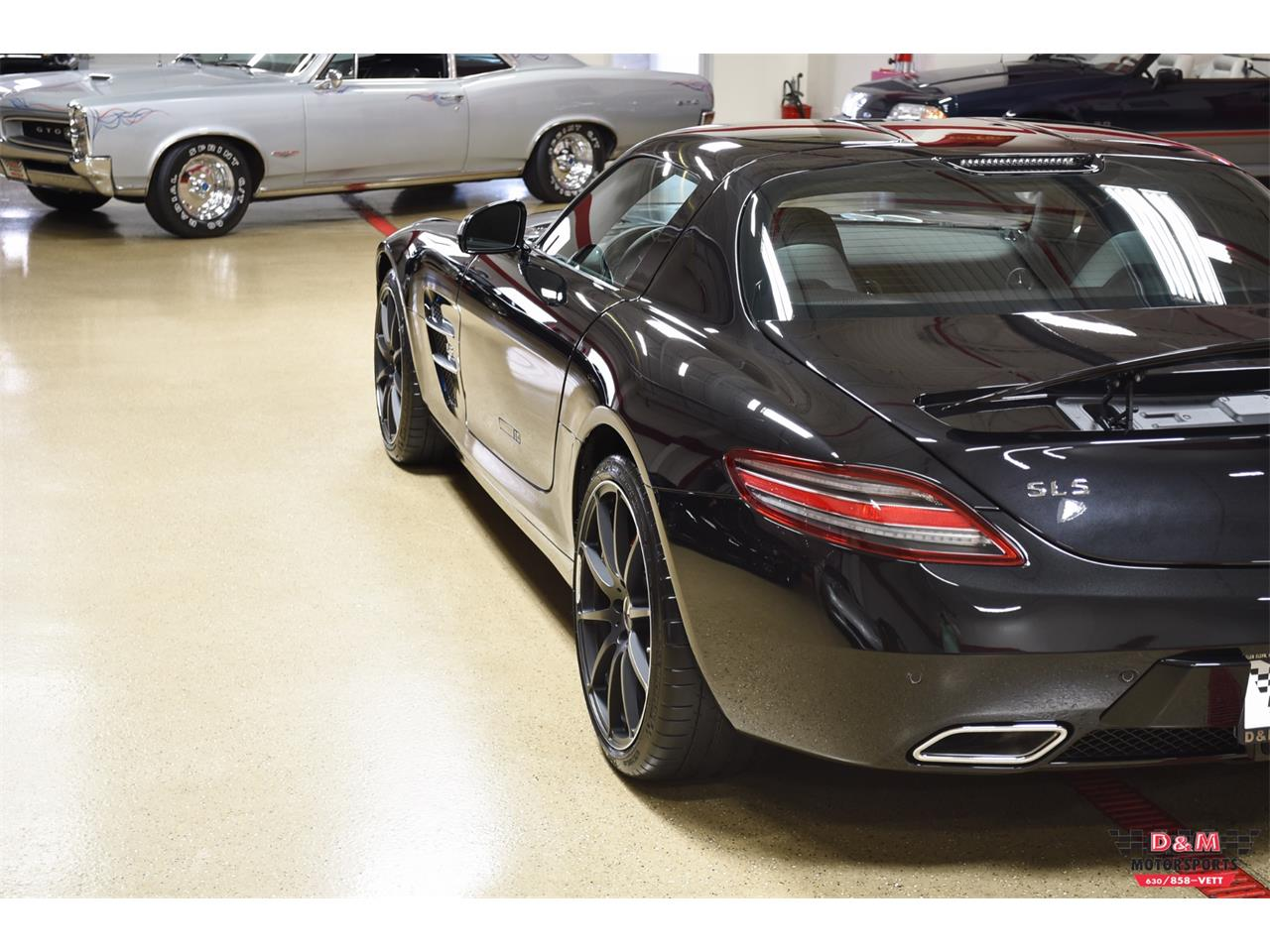Large Picture of '12 Mercedes-Benz SLS AMG located in Illinois - $199,995.00 - PXCB