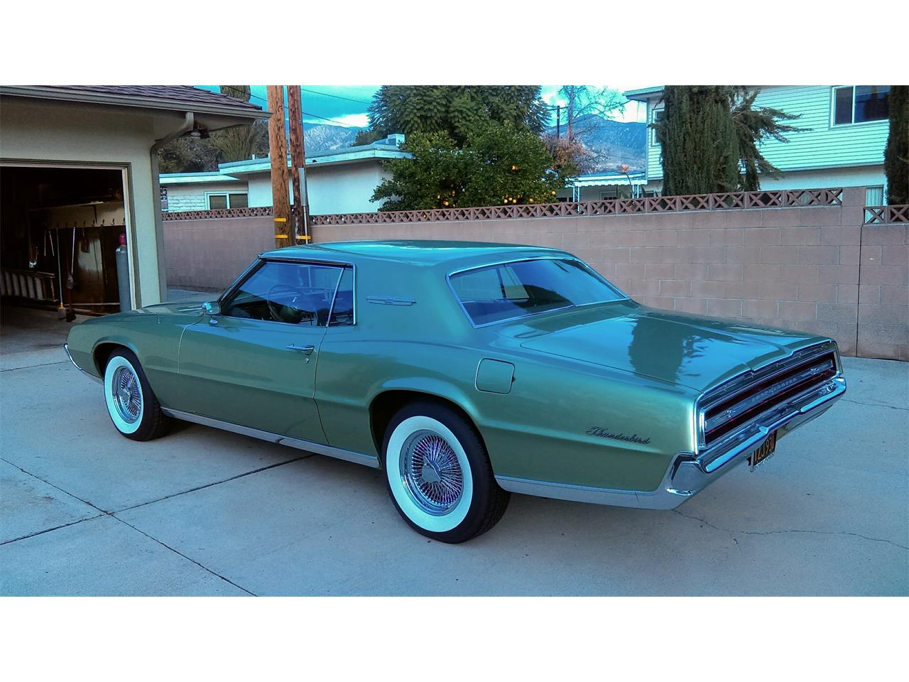 Large Picture of '67 Thunderbird - PXCV