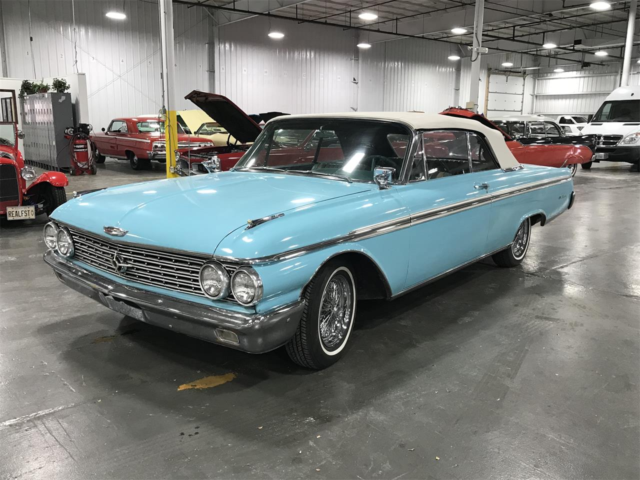 Large Picture of Classic '62 Ford Galaxie - PXD4