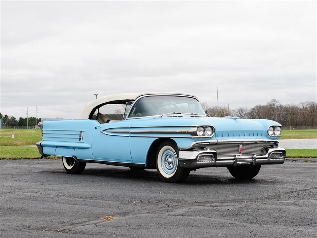 Large Picture of Classic 1958 Dynamic 88 located in Auburn Indiana Auction Vehicle Offered by RM Sotheby's - PXGU