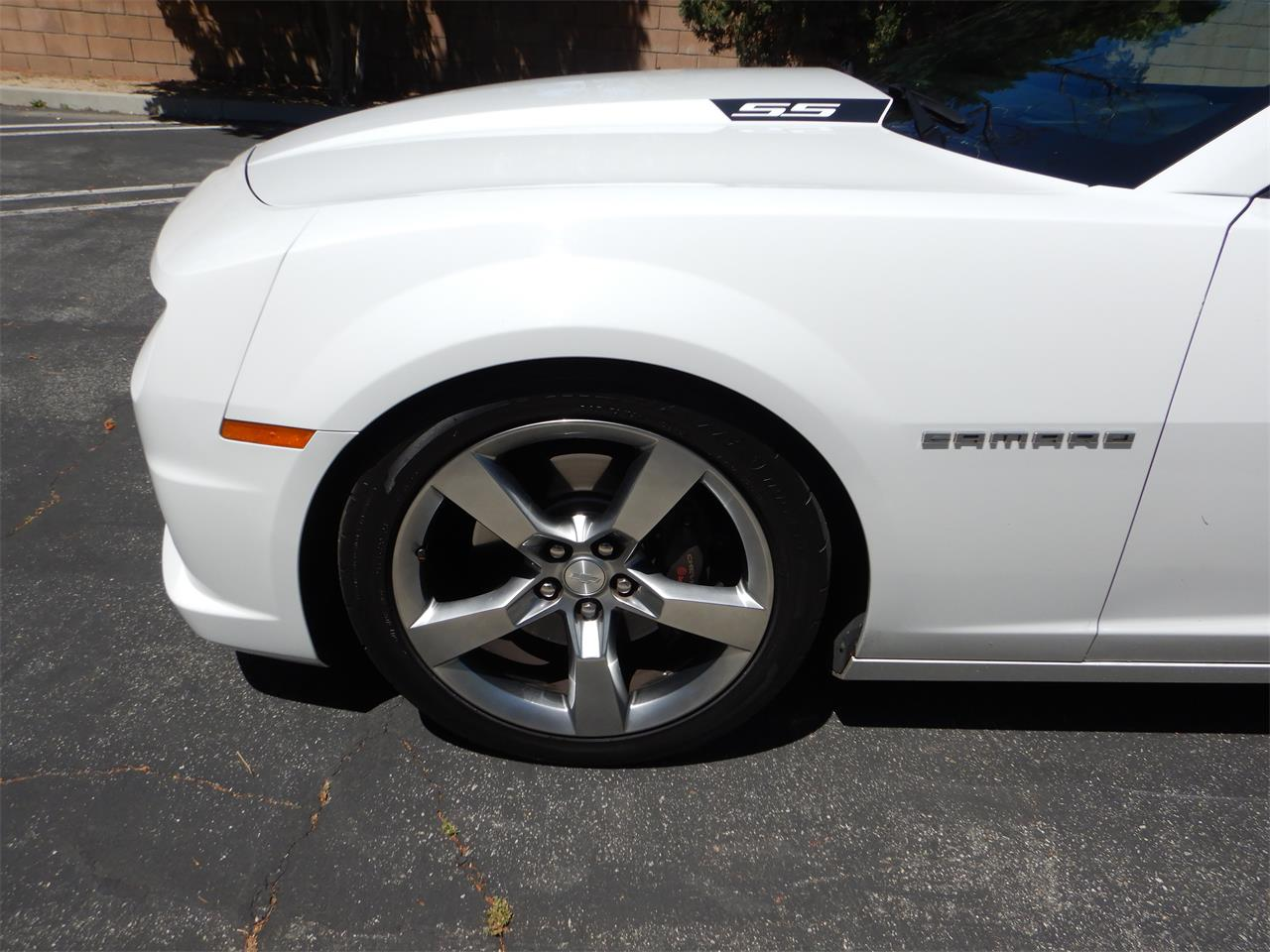 Large Picture of '11 Camaro SS - PXHJ