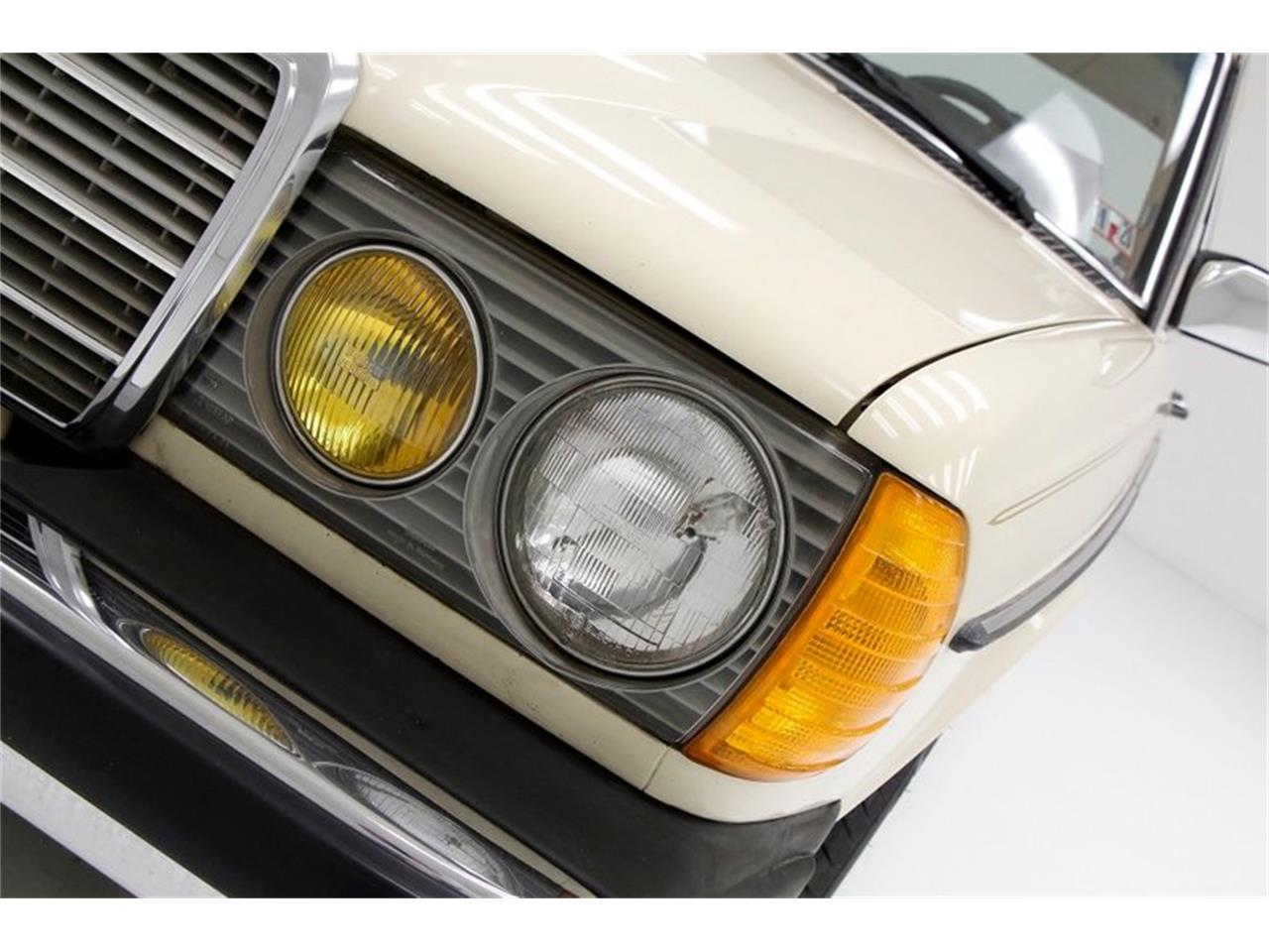 Large Picture of '81 240D - PXI2