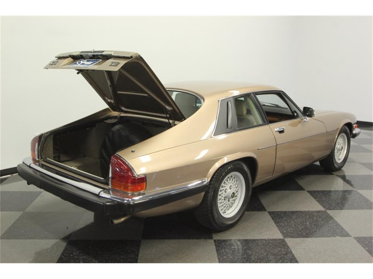 Large Picture of '89 XJS - PXIG