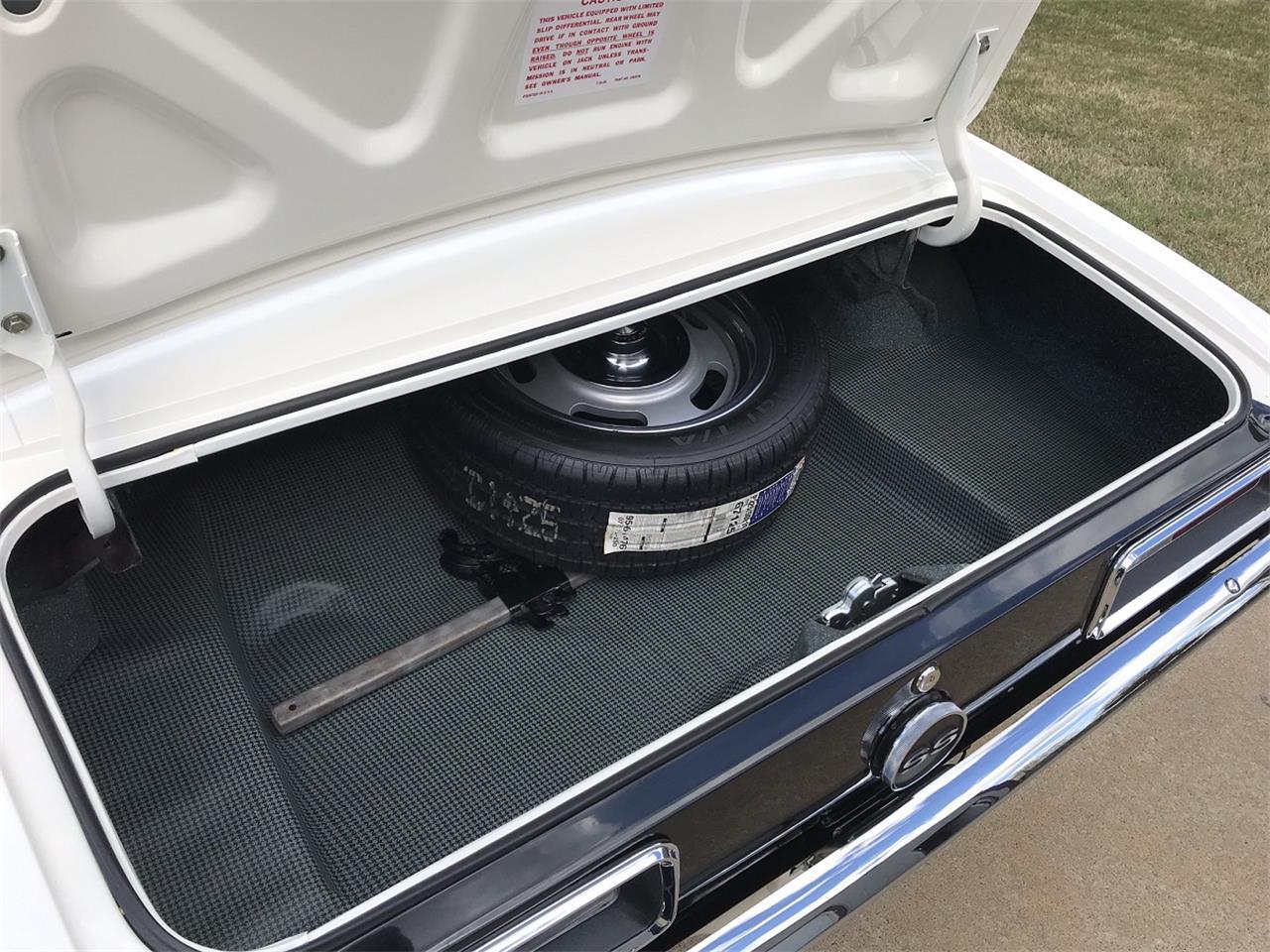 Large Picture of '67 Camaro - PXQ0