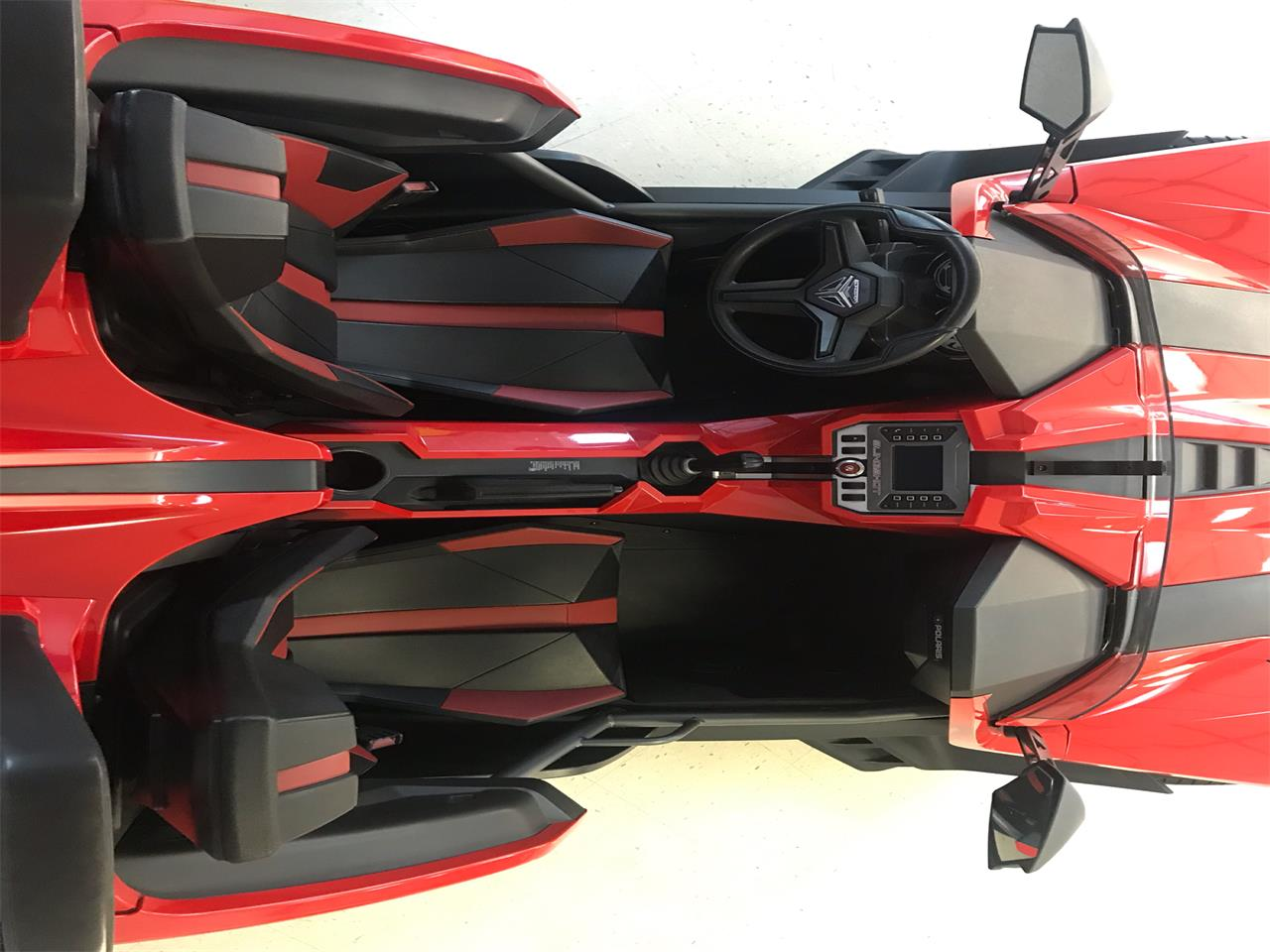 Large Picture of 2016 Polaris Slingshot located in Paris  Kentucky Offered by Central Kentucky Classic Cars LLC  - PYGT