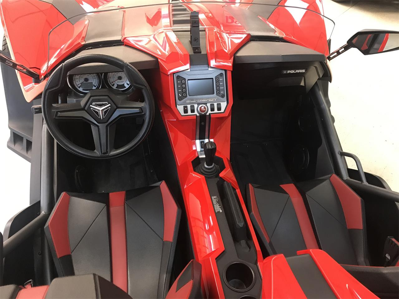 Large Picture of 2016 Polaris Slingshot - $17,999.00 Offered by Central Kentucky Classic Cars LLC  - PYGT