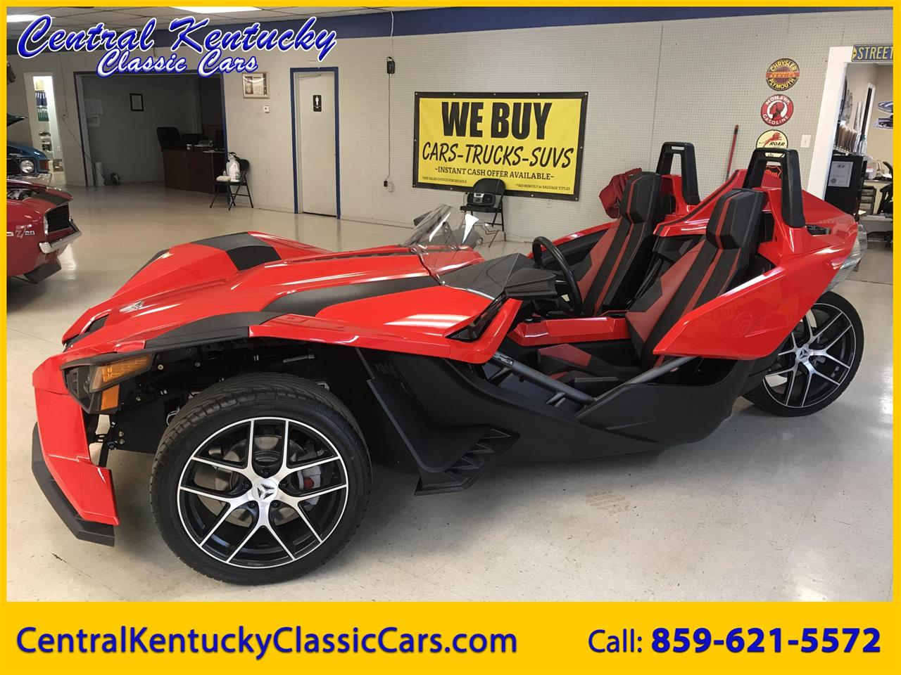 Large Picture of 2016 Slingshot located in Paris  Kentucky - PYGT