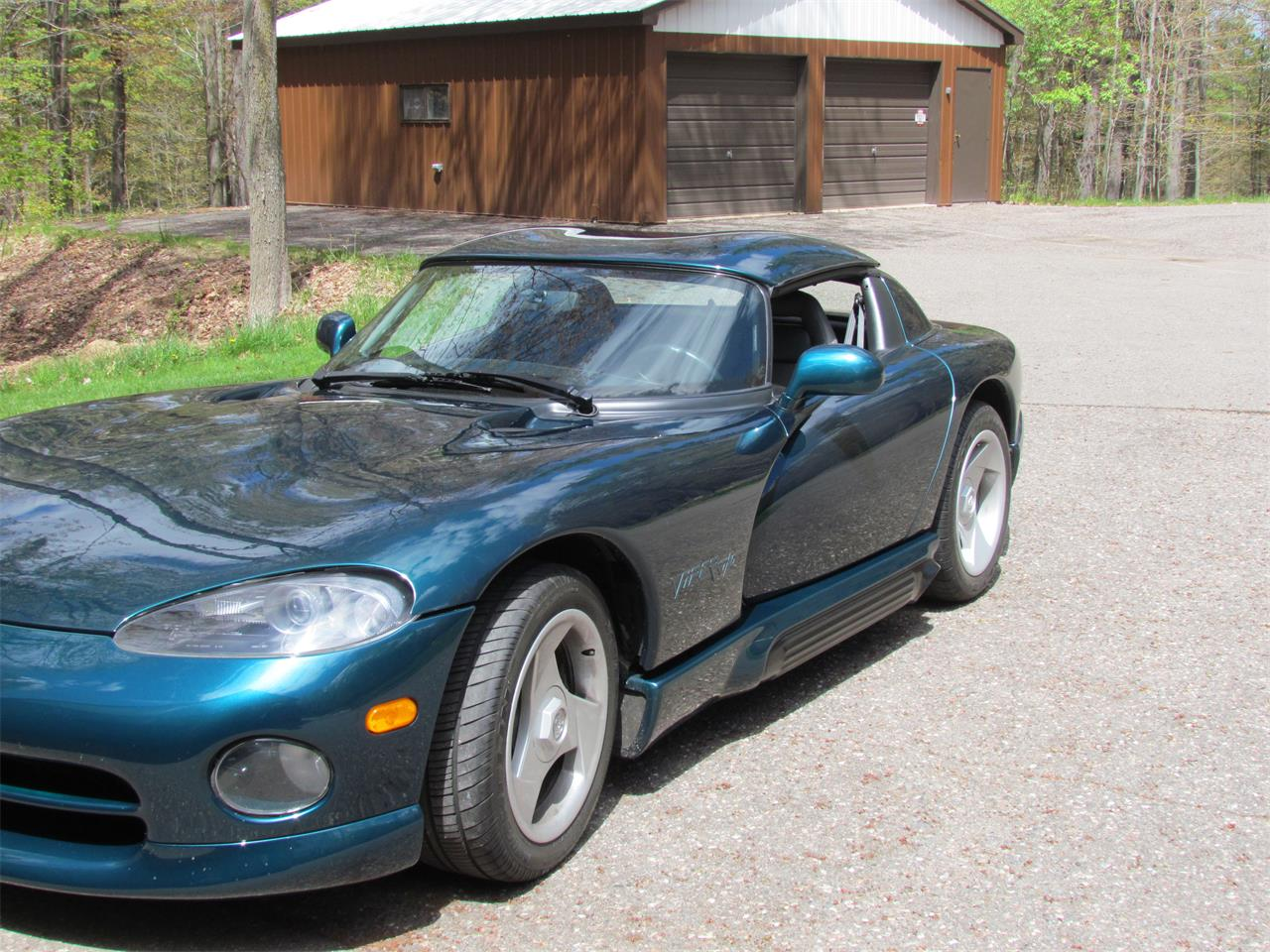 Large Picture of '95 Dodge Viper Offered by a Private Seller - PYHM