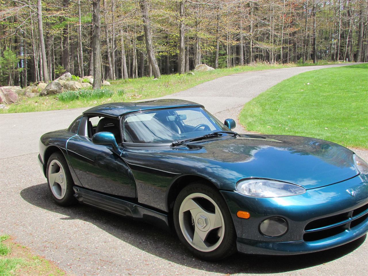 Large Picture of '95 Dodge Viper - PYHM