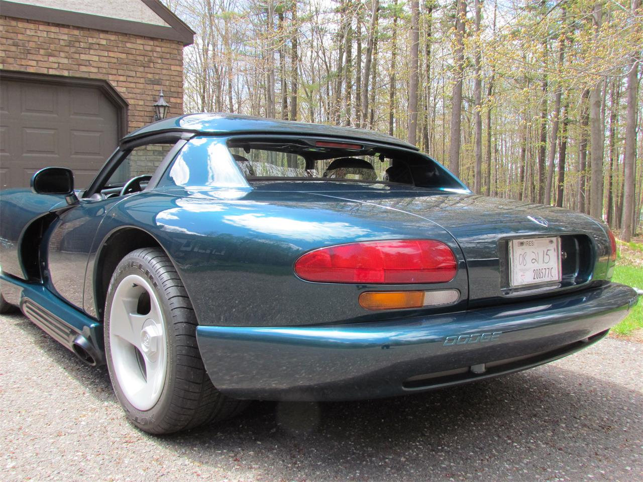 Large Picture of 1995 Viper located in Michigan Offered by a Private Seller - PYHM