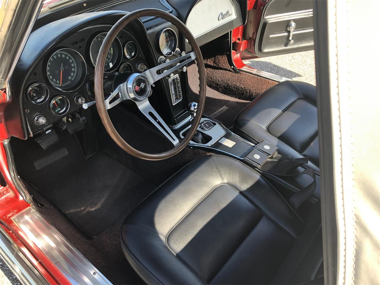 Large Picture of 1965 Chevrolet Corvette located in Florida - $56,900.00 - PYHN