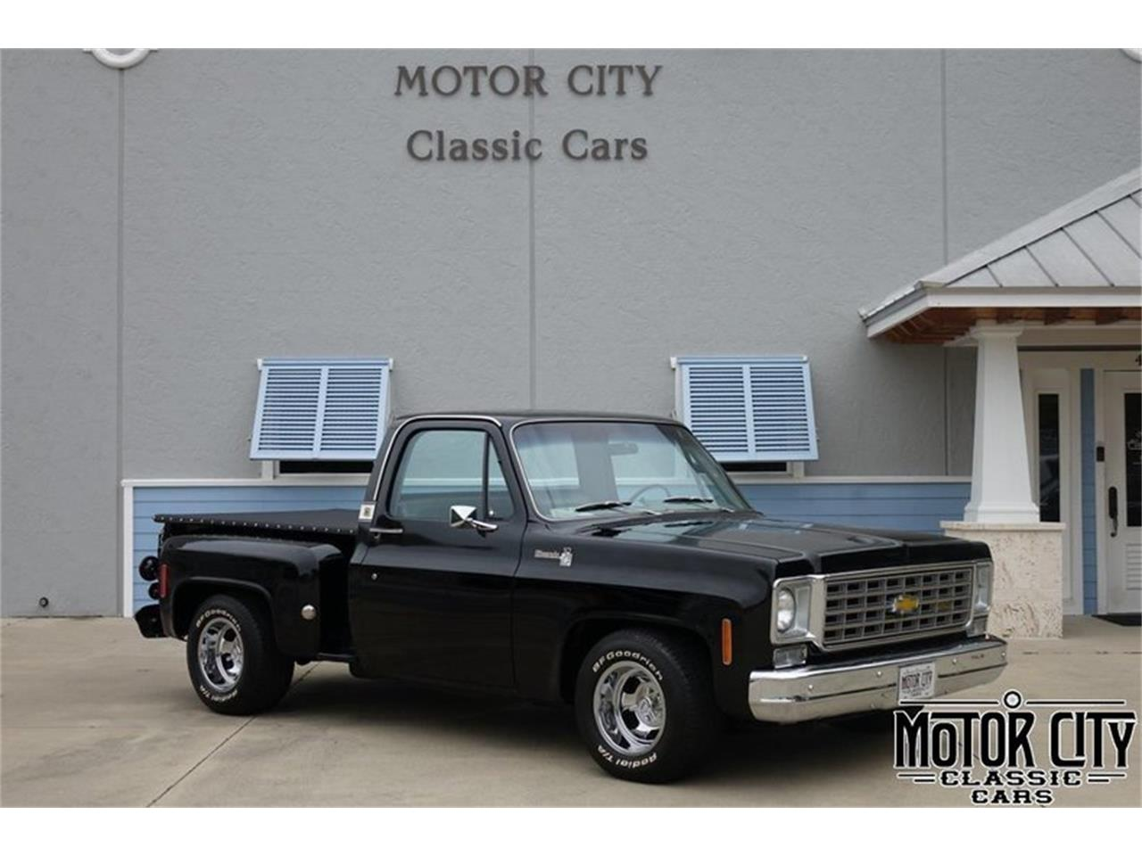 Large Picture of '75 Chevrolet Silverado - $39,900.00 Offered by Motor City Classic Cars - PYSK
