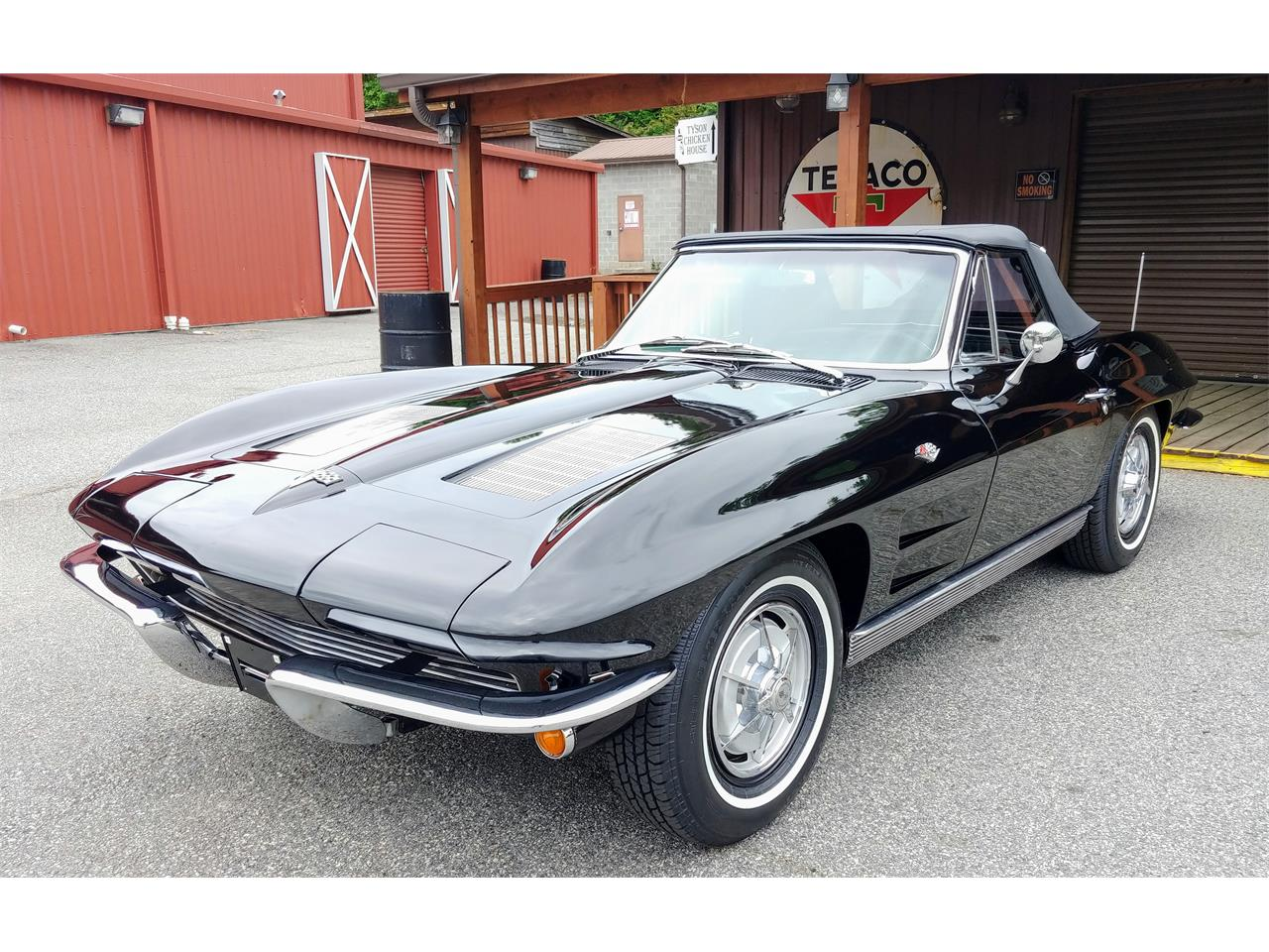 Large Picture of Classic '63 Corvette Offered by Carcraft Classics - PZ32