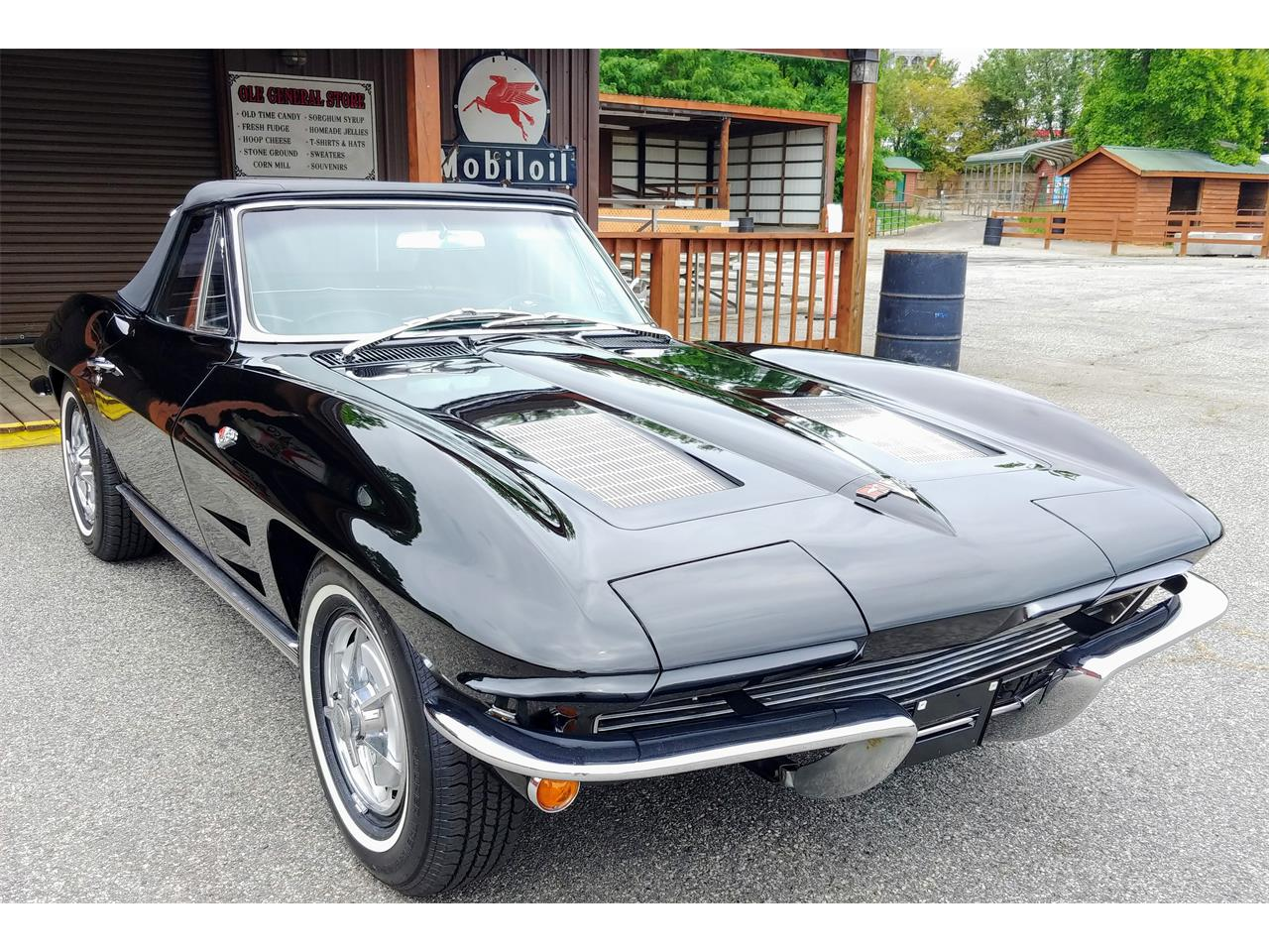 Large Picture of Classic 1963 Chevrolet Corvette located in Cumming Georgia - $57,900.00 Offered by Carcraft Classics - PZ32