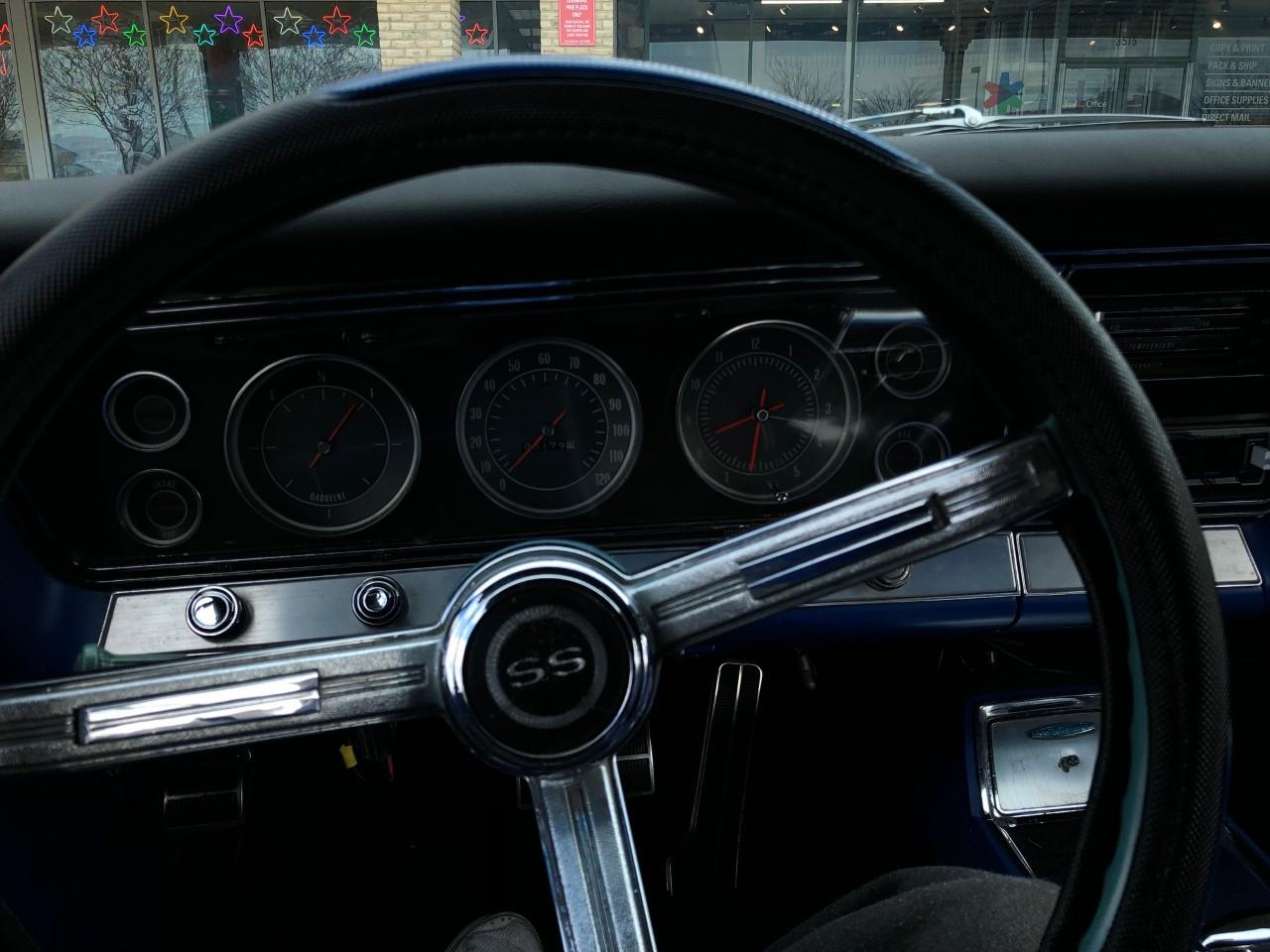 Large Picture of Classic '67 Impala SS Offered by a Private Seller - PZ46