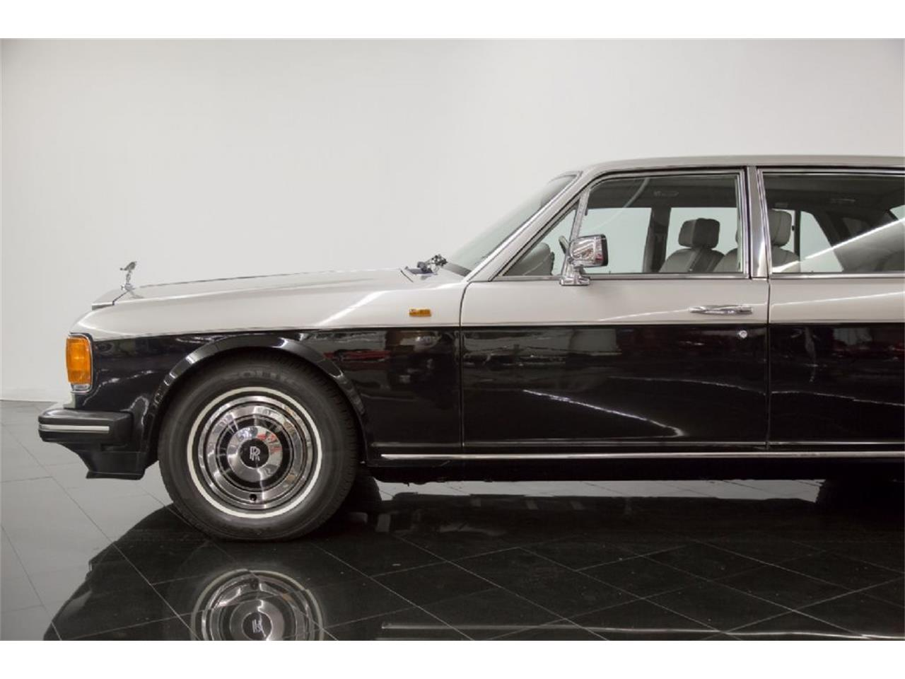 Large Picture of 1989 Rolls-Royce Silver Spur located in St. Louis Missouri Offered by St. Louis Car Museum - PXSH